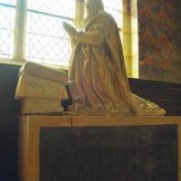 Statue en marbre représentant François de Silly