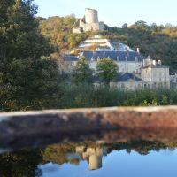 Reflet du château de La Roche Guyon
